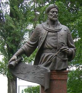 Ulugh-Beg_statue