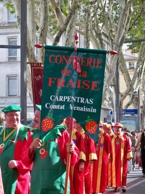 Banniere_Confrerie_de_la_Fraise_-_Carpentras